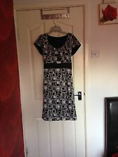 NWT Ladies Papaya Between the Lines Dress