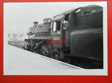 PHOTO  BR STANDARD CLASS 4 LOCO 76008 AT BROCKENHURST 1967