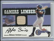 2000 FLEER GAMERS ALFONSO SORIANO GAME BAT & AUTO NEW YORK YANKEES