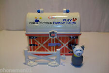 FISHER PRICE PLAY FAMILY LITTLE PEOPLE FARM BARN LUNCH BOX