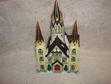 Dickens Porcelain Church Victorian Series Village Building 1998 Lighted
