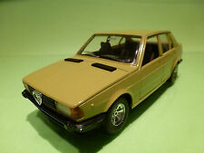 BBURAGO 0164  ALFA ROMEO GIULIETTA 1.6 - SAND 1:24 - NEAR MINT CONDITION