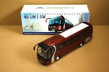 1/42 China YuTong New lion's star Man bus
