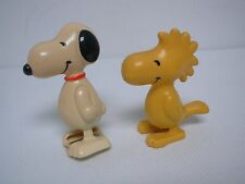 1958 UNITED FEATURES AVIVA WIND UP WALKING SNOOPY TOY & 1972 WOODSTOCK