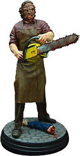 TEXAS CHAINSAW MASSACRE - Leatherface 1:4 Scale Statue (Hollywood Collectibles)