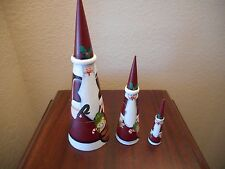 SANTA 3 PIECE NESTING DOLLS 11' TALL CONE SHAPED EXCELLENT CONDITION