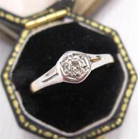 1920's ART DECO DIAMOND SOLITAIRE RING in 18ct & PLATINUM size M