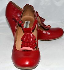Steve Madden Cranberry Red Leather Heels with 5 Fan Shaped Front Size 7 Eur 37.5