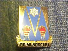 US Army 303th Military Intelligence Agency Pin Clutchback Crest Medal  #G375