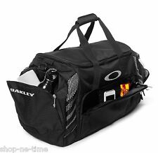 "Oakley 85L Large Sport 28"" Black Duffle Bag Made For Travel Or The Gym - New"