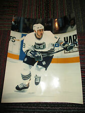 HARTFORD WHALERS GEOFF SANDERSON 8X10 PHOTO BY OFFICIAL SPORTS PHOTOS, GUC & HTF