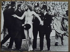 Photo supporter nu,bobbies,rugby,Angleterre France,1974,   25 x 35 cm