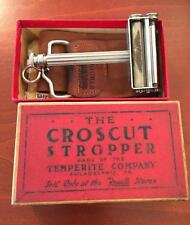 VINTAGE CROSCUT SAFETY RAZOR BLADE STROPPER IN BOX