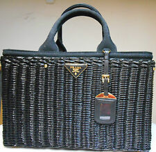 100% AUTHENTIC NEW WITH TAGS BLACK PRADA *BN2834* POCKETBOOK HANDBAG  *SEE TAGS*