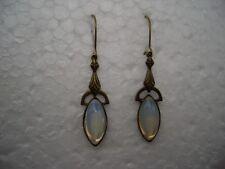 zierliche Jugendstil Ohrringe, ornamentales Design, altgold, Mondstein 1028