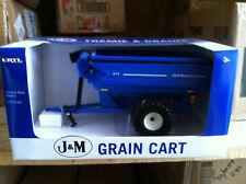 ERTL 1:32 blue J&M Grain Cart