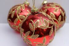 GISELA GRAHAM CHRISTMAS SHINY ANTIQUED RED GLASS BAUBLE WITH BEADED LEAVES X 3