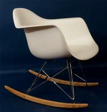EAMES STYLE, FIBERGLASS ROCKING CHAIR, WHITE, NICE!