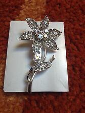 Xmas stocking filler silver pin broach flower design new Ideal gift party wear