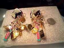 LUNCH AT THE RITZ WHAT'S IN A LADIES POCKETBOOK EARRINGS CLIP