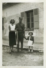 PHOTO ANCIENNE - VINTAGE SNAPSHOT - FAMILLE CHASSEUR CHASSE FUSIL - HUNTER 1951
