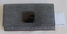 AUTHENTIC NWT CALVIN KLEIN GRAY WOMEN CLUTCH WALLET                   (A0442)
