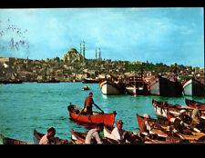 ISTANBUL (TURQUIE) BATEAUX & BARQUES de PASSEURS , MOSQUEE en 1965
