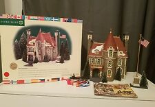 "Dept 56 Christmas in the City Building 58951 ""The Consulate"" Set of 2 1999  MINT"