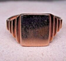10KT YELLOW GOLD SQUARE SIGNET RING DECO NOSS This is not used and is new DECO