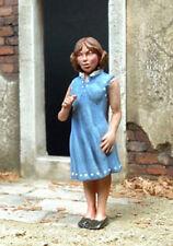 1/35 Scale The child - La gamine - resin model kit