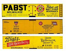 Three S scale cars, PABST, ART, BLATZ printed reefer sides