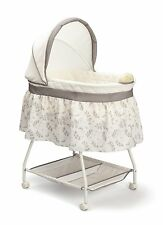 Delta Children Sweet Beginnings Bassinet, Falling Leaves (Color: Falling Leaves)