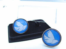 "JAMES BOND 007 MILOS ""THE DOVE"" COLUMBO BADGE MENS CUFFLINKS GIFT"