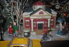 """TRAIN GARDEN HOUSE VILLAGE """" CITY HALL BUILDING """" PLUS+ DEPT 56/LEMAX INFO!"""