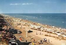 Belgium Zeedijk en Strand Koksijde Bad, La plage et la Digue Beach Cars Voitures