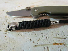 tactical knife lanyard with stainless steel skull bead and pewter bead paracord