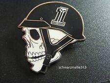 Original Harley Davidson  Skull Death Head Helmet Pin NEU!!!