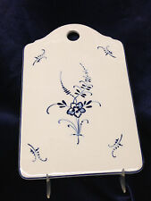 "VILLEROY & BOCH VIEUX LUXEMBOURG CHEESE AND CRACKER BOARD 8 1/2"" BLUE FLOWERS"