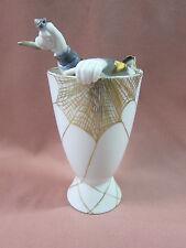Barbara Flügel Porzellan ausgefallene Blumenvase Vase Mann im Spinnennetz 13932