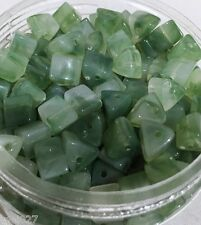 100x acrylic beads JADE GREEN TRIANGLES 10mm |301| tri-cube nugget marble