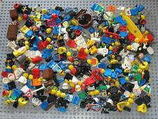 Lot de pieces pour personnages LEGO / Minifig parts & accessories / 0,3 Kg !!!!