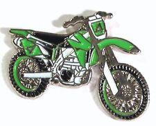 MOTORBIKE - PIN BADGE - TRIAL TRAIL SCRAMBLER BIKE BIKER RACING (NB-18)