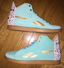 VNDS Women's Reebok Sneaker Mint Green Leopard Back With Studs Size 7
