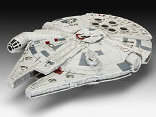 REVELL Star Wars BUILD AND PLAY EPISODE VII MILLENIUM FALCON MODEL KIT NEW