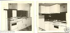 Ameublement intérieur meubles cuisine intégrée - Photo ancienne an. 1960