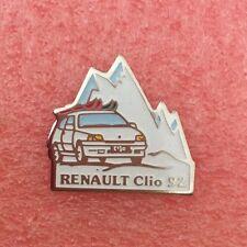 Pins Voiture RENAULT CLIO 92 Montagne