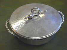 VINTAGE BRUSHED ALUMINUM CASSEROLE COVER/CARRY WITH LID BY B. W. BUENILUM EUC