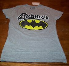 WOMEN'S TEEN VINTAGE STYLE  BATMAN DC COMICS T-shirt LARGE NEW w/ TAG