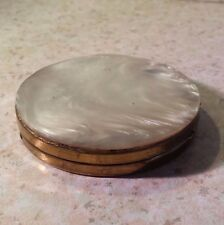 VINTAGE ANTIQUE ROUND MOTHER OF PEARL WOMEN'S COMPACT Gold Tone MAKE UP