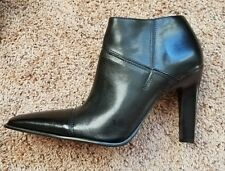 Diba women's leather zip up ankle boots size 7 BRAND NEW..NEVER WORN